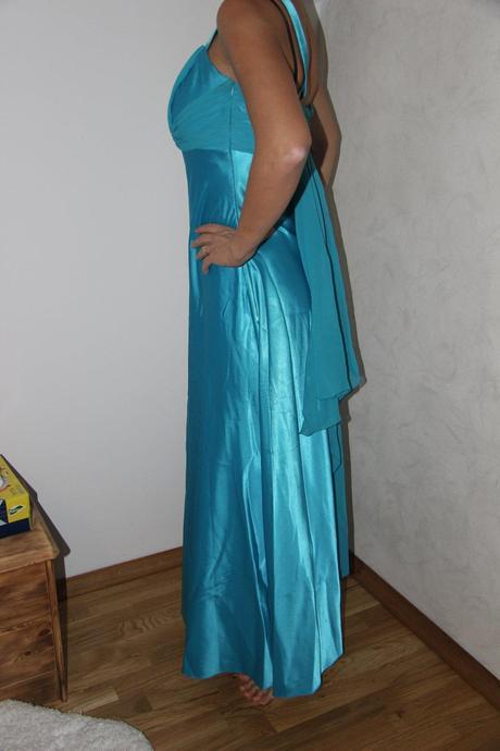 Priležitostné šaty , 38