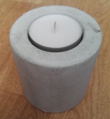 Čajový svícen z umělého kamene,