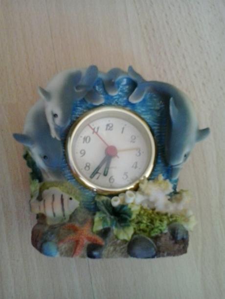 hodinky,