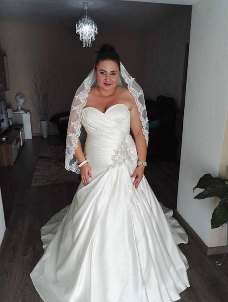 Prekrásne šaty Diane Legrand 38-42, 40