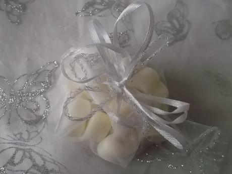Svadobné srdiečka (dekorácia),