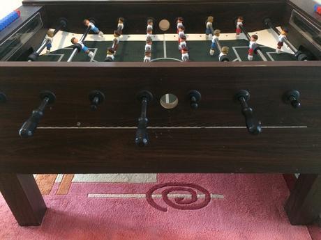 Futbalovy stol,