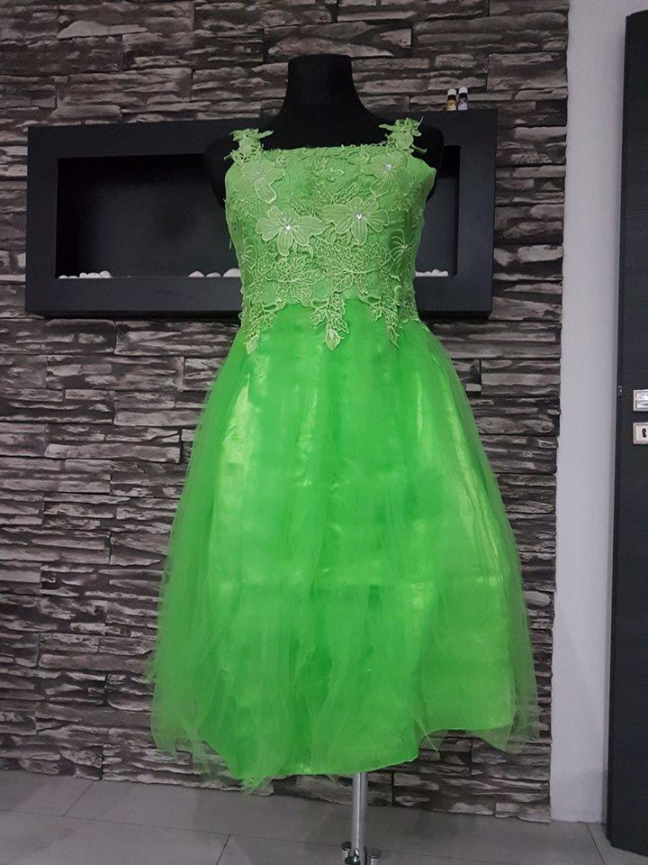 Krátke spoločenské šaty zelené - m -xl 25e1772317b
