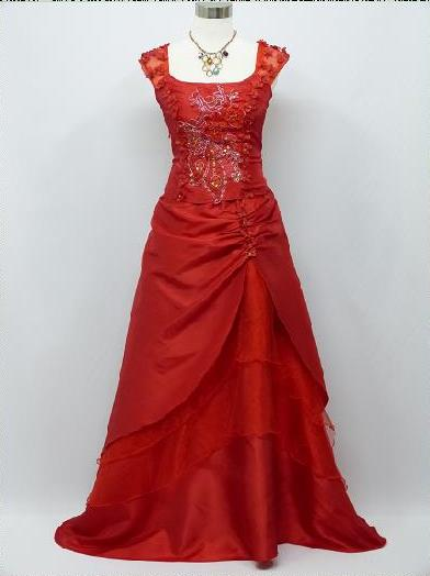 Červené nové spoločenské šaty pre moletky - 48-56 41bffdab6a7