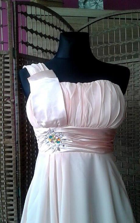 Krátke spoločenské šaty marhuľové- 34 -36-38, 36