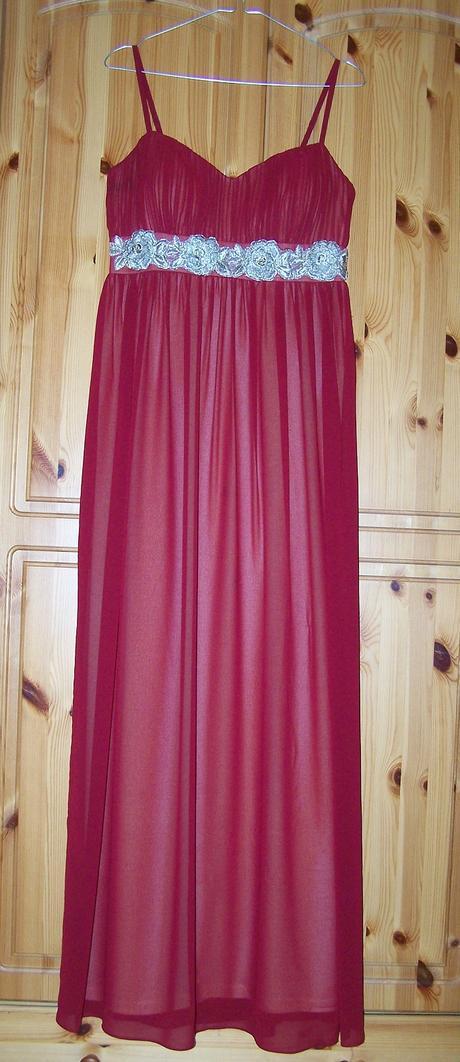 Červené spoločenské šaty dlhé, M