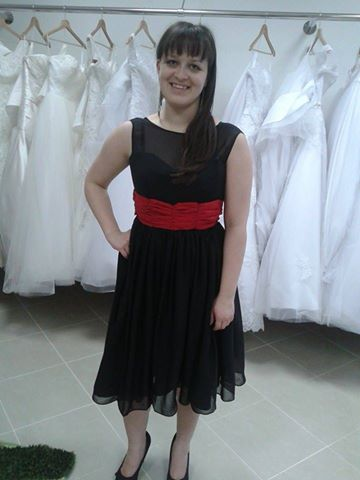 Spoločenské vintage šaty , 36