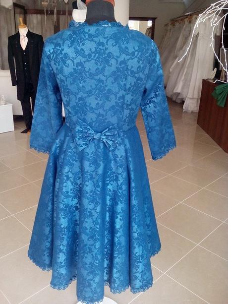 Spoločenské vintage šaty, 40