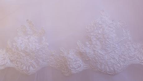 Svadobné šaty s krajkou., 34