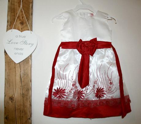 bílo-červené šaty pro družičku 5 let, 116