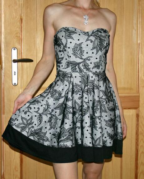 Černo-bílé společenské šaty vel 38, 38