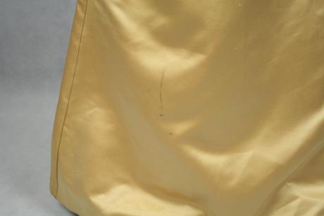 Dlouhé zlaté společenské šaty vel 36-38, 38
