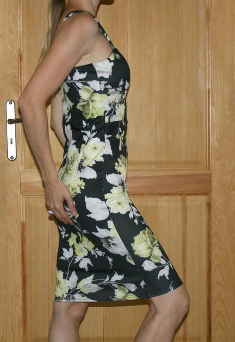 Elastické šaty na ramínka vel 40, 40