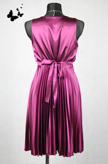 Fialové společenské plisované šaty vel 40, 40