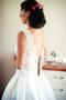 Krajkové šaty se saténovou skládanou sukní , 38