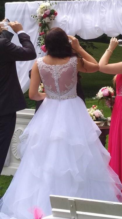 Svatební šaty Evelyn s kamínkovým páskem, 38
