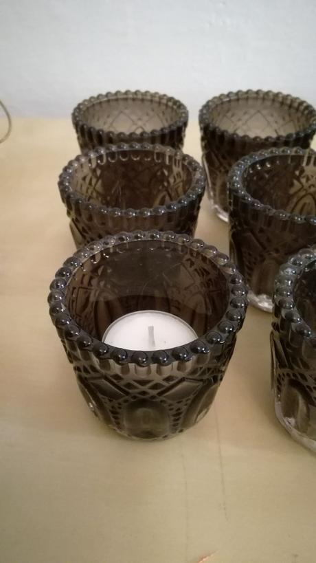 Malé šedofialové svícny 7cm, 9ks,