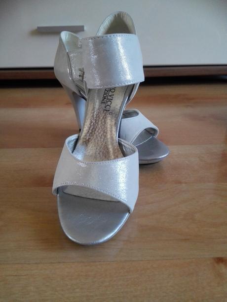 Strieborné sandálky, 36