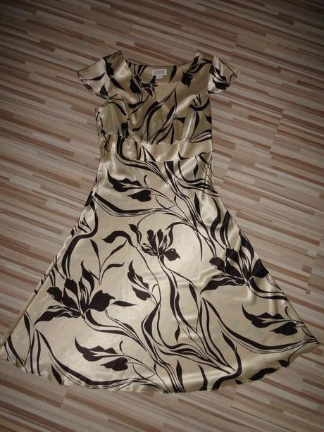 Saténové slávnostné šaty, 40