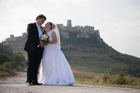 Pohodlné svadobné šaty, 44