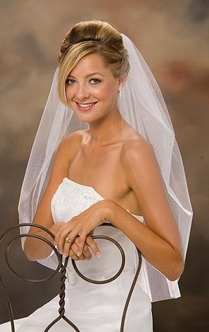 Hladký svadobný závoj I1,