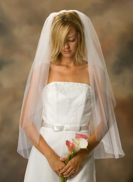 Hladký svadobný závoj I8,