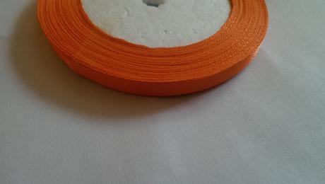 Stuha na pierka oranžová,