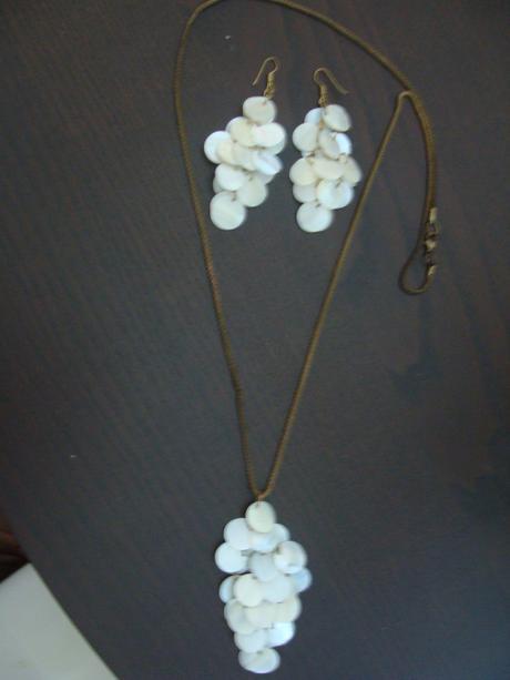 Súprava s perleťovými lupienkami,