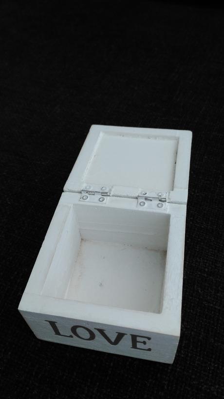 Krabička dekorativni-my použili na prstynky,