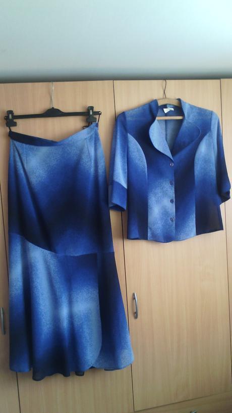 Dámsky sukňovy kostým , 42