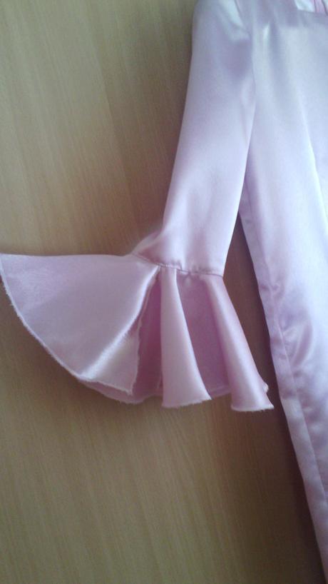 Dievčenské šaty,