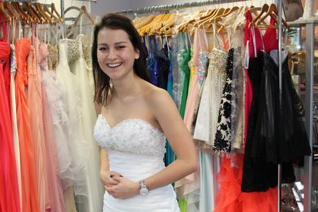 Svatební šaty Maggie Sottero s kamínky Swarowski, 36
