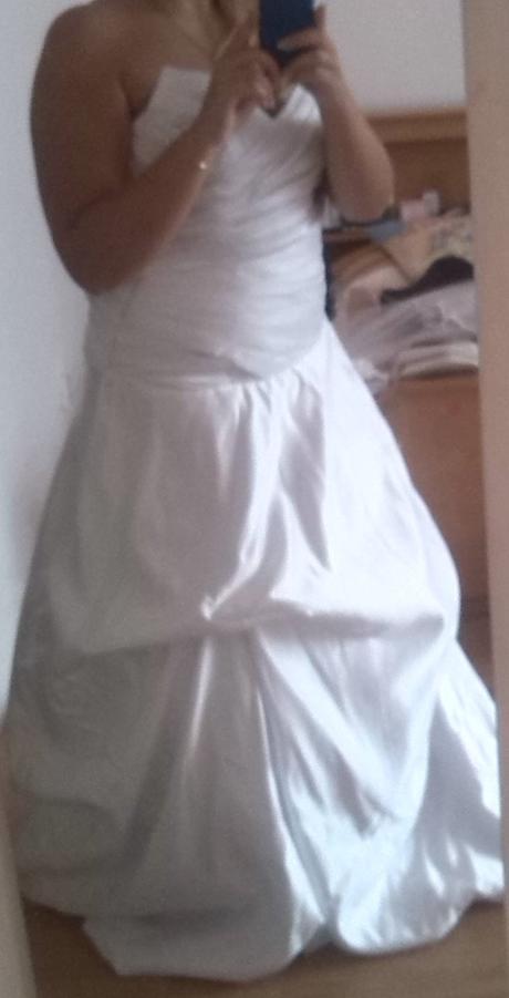 Svatební šaty - nikdy nošené, 40
