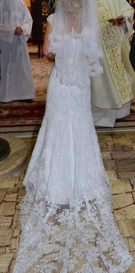 Svadobné šaty, 32