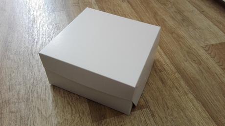 Krabice na zákusky, apod.,