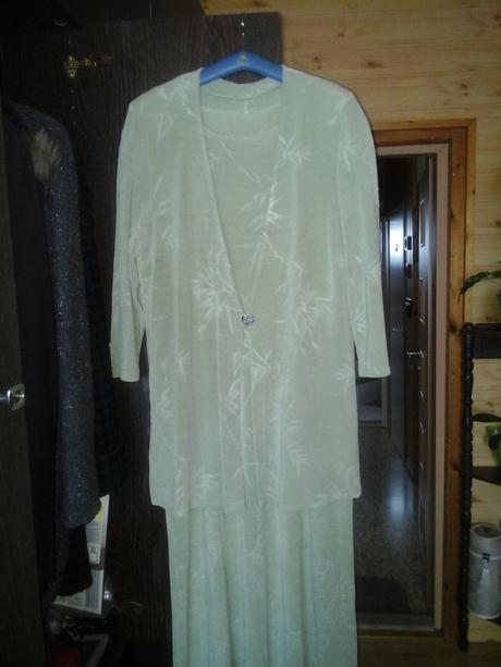 šaty a kabátik zadarmo , 50