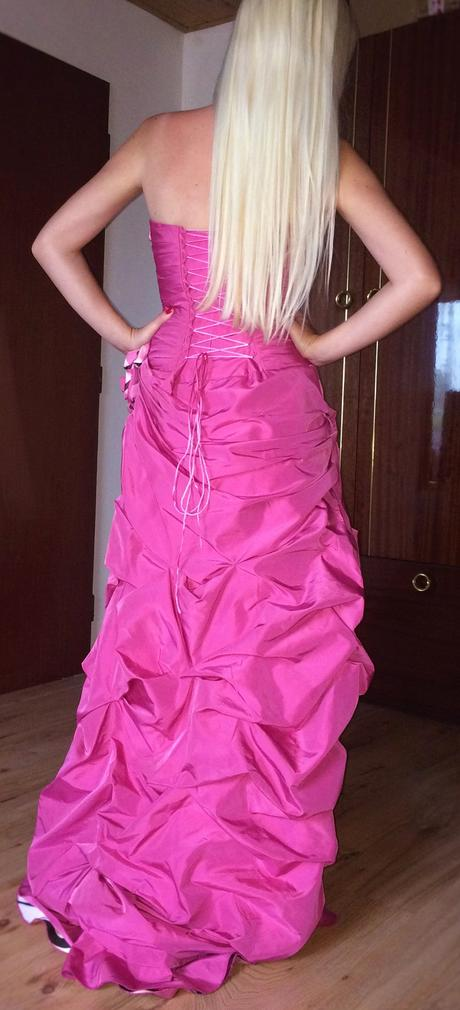 Ružové spoločenské šaty, M