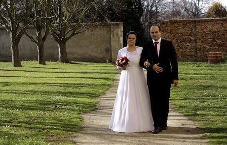 Svatební šaty, vel. 48-52, vhodné i pro těhulky, 50