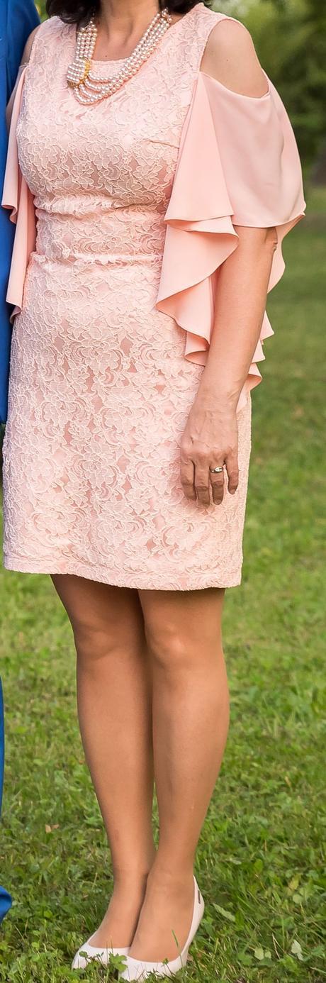 Spoločenské šaty nielen pre svadobnú maminu, 38