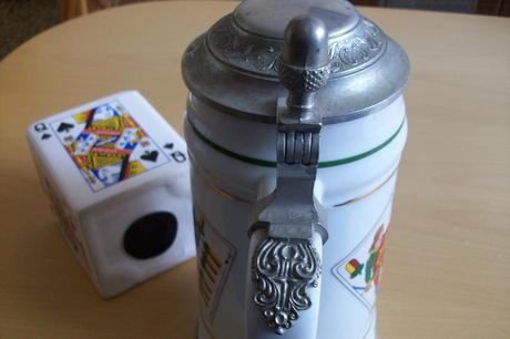 keramický pohár na pivo+popolník so skrýšou,