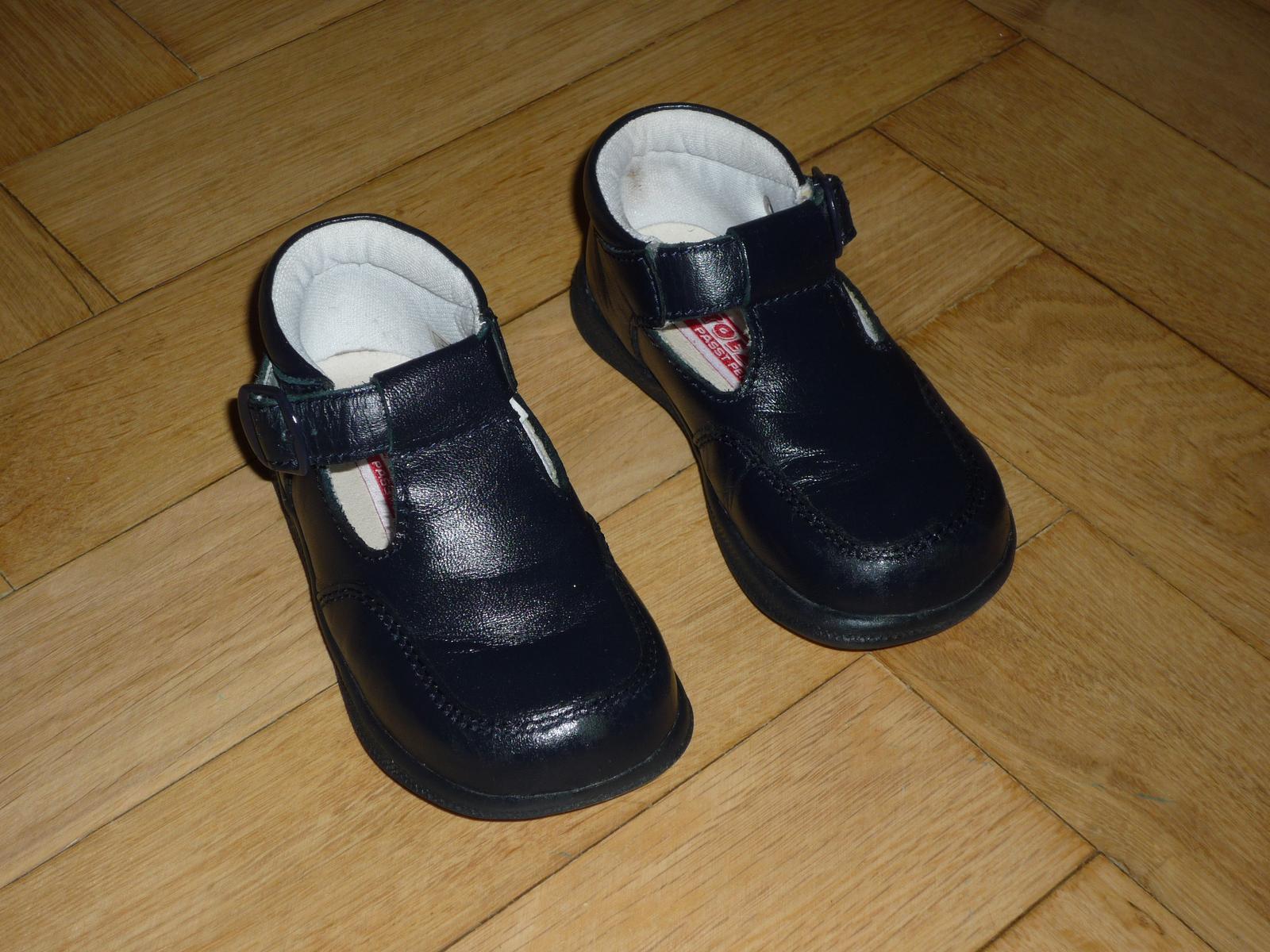 Černe společenské boty 164ca6a86f