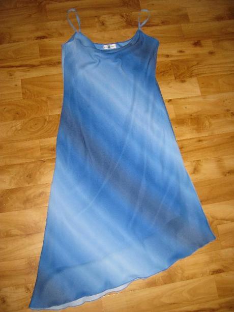 šaty size UK 14, odpovídá 42, zn. New Look, 42