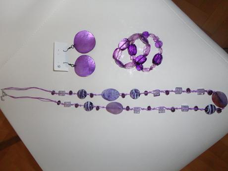 Fialová sada - náušnice, náramek, kamínky na krk ,