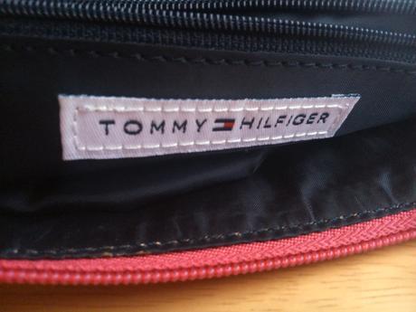 Kabelka Tommy Hilfinger, 30