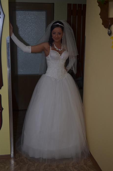 Princeznovske šaty 36-38, 37