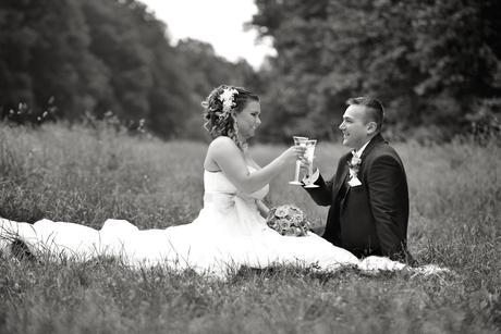 Svadobné šaty s čipkou, 42
