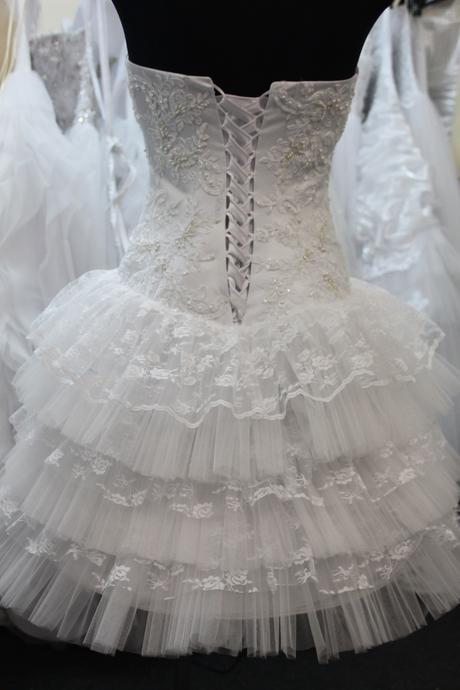 Čipkované krátke šaty, 38
