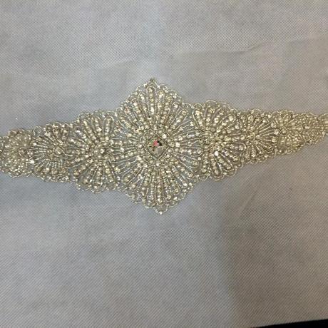 Opasok na svadobné šaty,