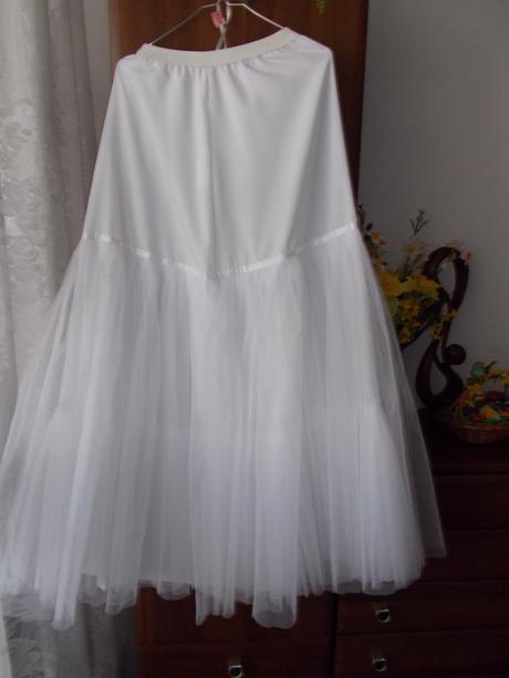 Pohodlné volánikové šaty, 38