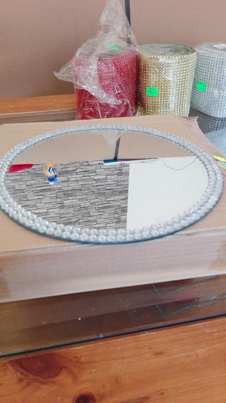 ozdobné zrkadlové taniere ,